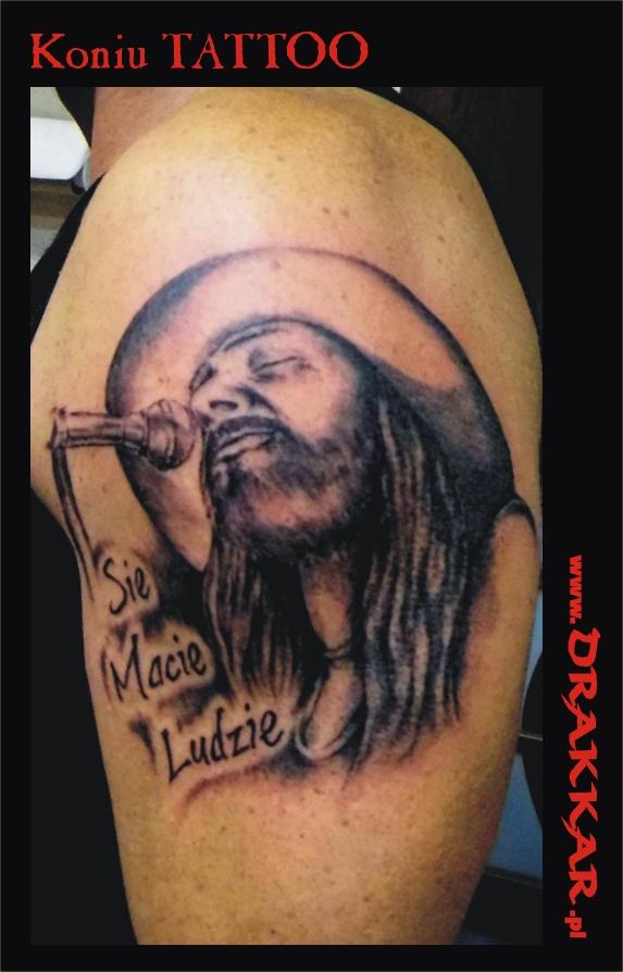 tatuaż piosenkarz, studio tatuażu Gliwice