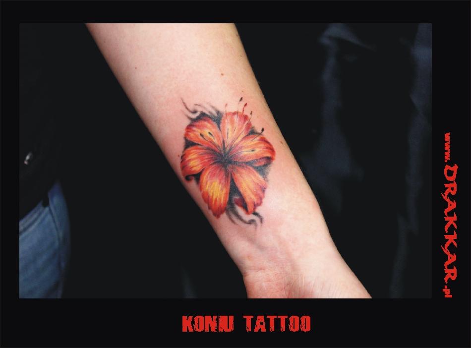 Tatuaż z kwiatkiem, Gliwice